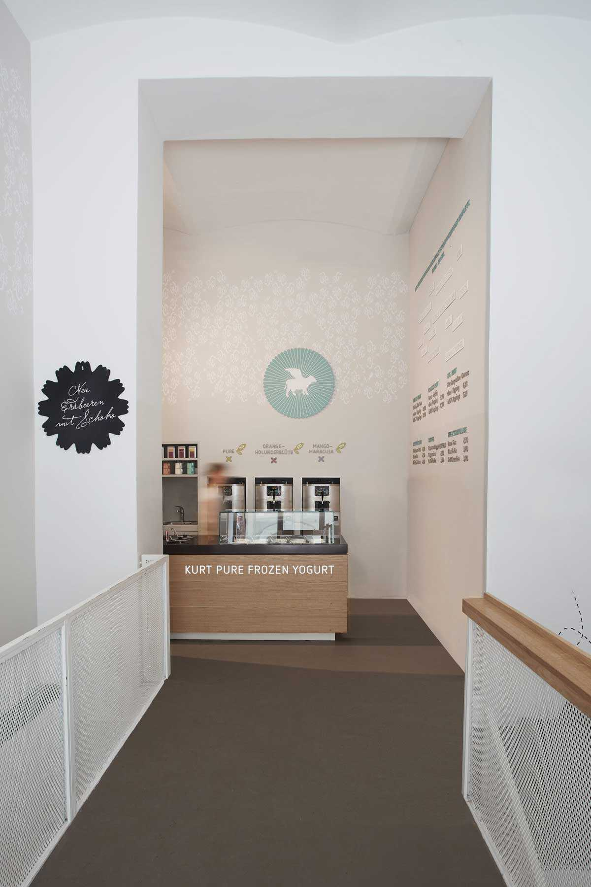 062 Kurt Foto Shop